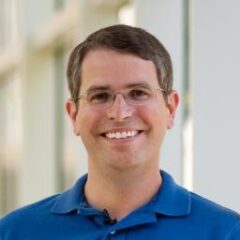 Matt Cutts didn't expect this response via Twitter (Scraper URL)